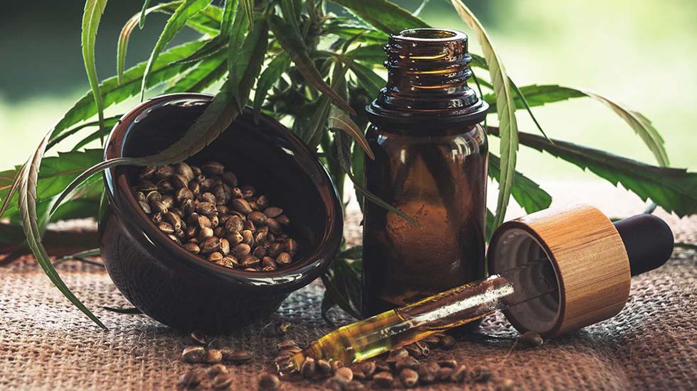 What is THC: Breaking Down Tetrahydrocannabinoil